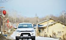 江铃汽车新款皮卡域虎3 舒适与性能齐飞